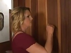 Asa Akira receives fucked by stepmom
