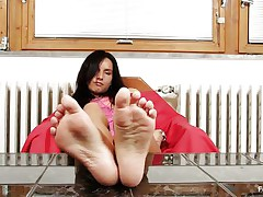 Sharon likes sucking, almost all especially her toes. Watch this hawt brunette hair with lengthy black hair and sexually excited face as that honey sucks her hawt feet and shows us what that honey is capable of, do u think that that honey would engulf 'em with even more pleasure if that honey had some semen on them?