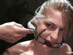 Mouth opened with a specific device Tawni Ryden is getting her every day dose of submission using a simple bowl with water and a rope that's keeping her hands and feet tied. This babe has such pink delicious lips and a slutty face that makes you wish to she her humiliated and in the simplest yet efficient ways possible.